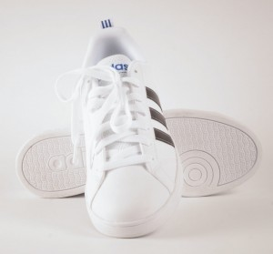 ADIDAS OBUWIE m. ADVENTAGE CLEAN F99256
